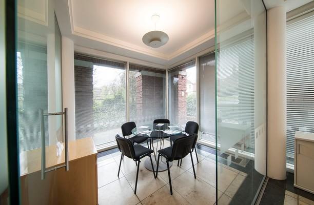 Farnham Road GU1 office space – Meeting/Boardroom.