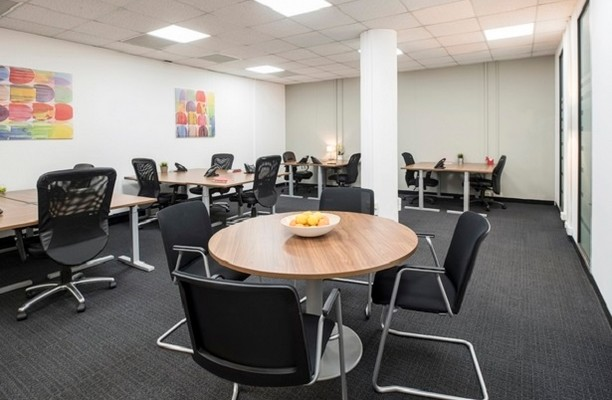 Borough High Street SE1 office space – Private Office (different sizes available).