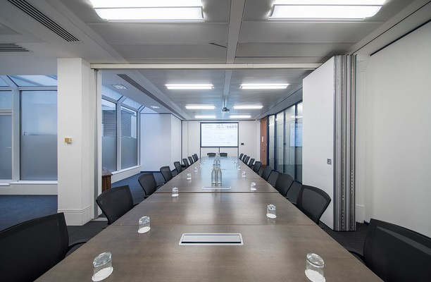 St Martins Le Grand EC1 office space – Meeting/Boardroom.