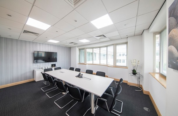 Highbridge UB8 office space – Meeting/Boardroom.