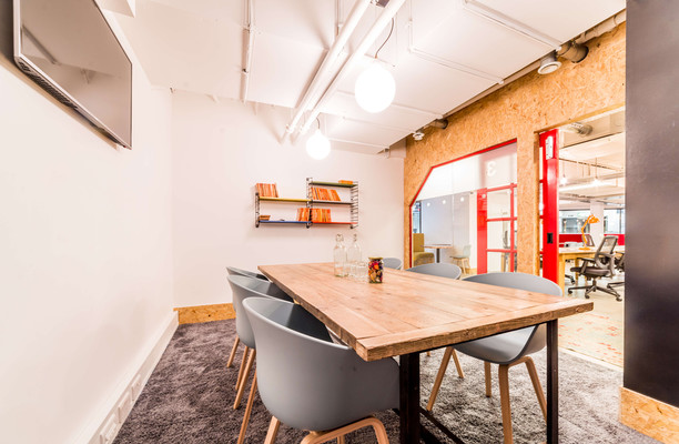 Upper Street N1, N7 office space – Meeting/Boardroom.