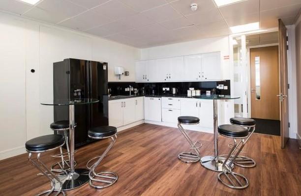 Wood Street EC1 office space – Kitchen