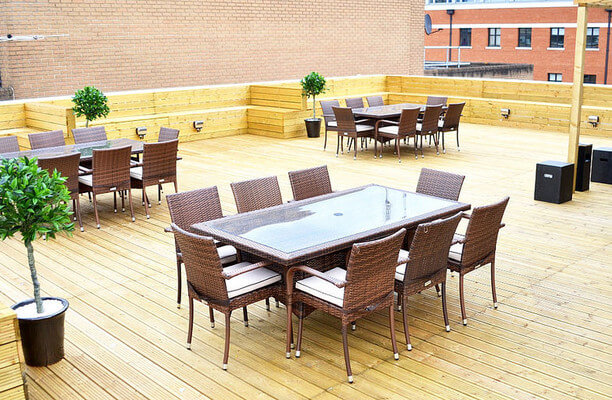 Market Place RG1, RG2, RG4, office space – Outdoor Area