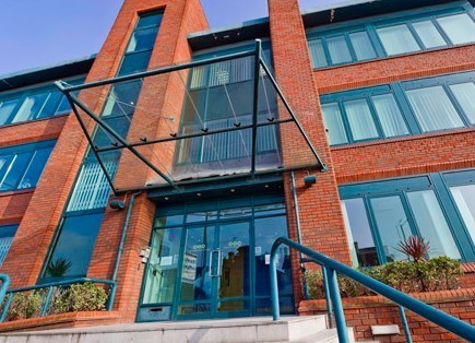 Stoke Road SL1, SL6 office space – Building External