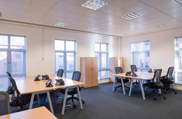 Clarendon road RH1 office space – Private Office (different sizes available).
