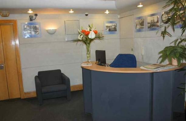 Tiller Road E14, E16 office space – Reception