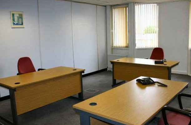 Tiller Road E14, E16 office space – Private Office (different sizes available).