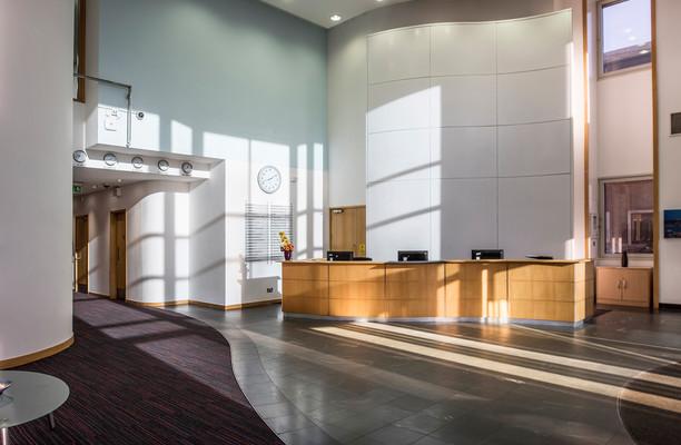 Bath Road UB7,UB10 office space – Reception