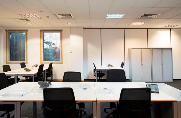Bath Road UB7,UB10 office space – Private Office (different sizes available).
