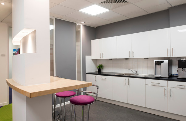 Lochside Place EH1 office space – Kitchen