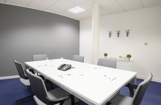 Lochside Place EH1 office space – Meeting/Boardroom.