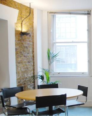 Curtain Road EC2 office space – Meeting/Boardroom.