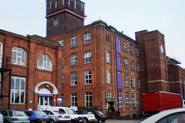 Rossini Street BL1 office space – Building External