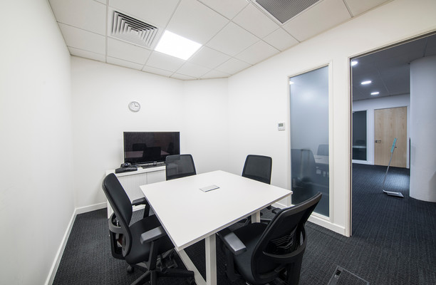 St. Crispins Road office space – Meeting/Boardroom.