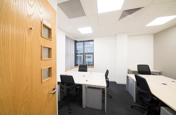 St. Crispins Road office space – Private Office (different sizes available).
