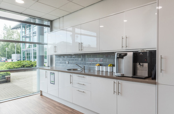 Herons Way CH1 office space – Kitchen