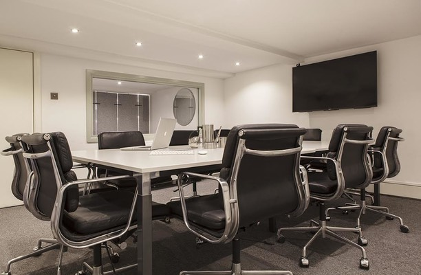 City Road N18 office space – Meeting/Boardroom.