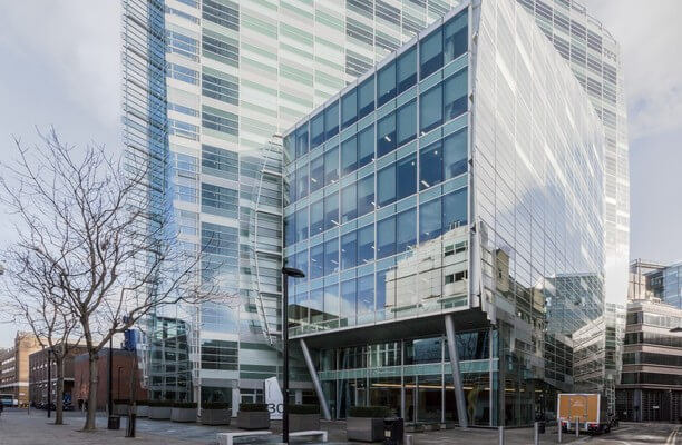 Crown Place EC2 office space – Building External
