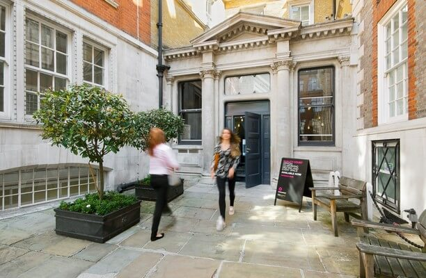 Chancery Lane WC1 office space – Building External