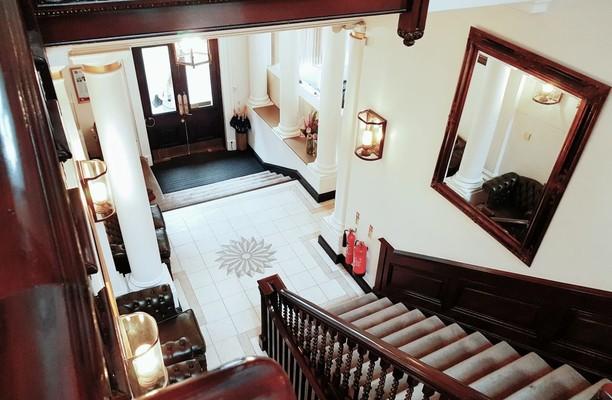 Tokenhouse Yard EC2 office space – Foyer