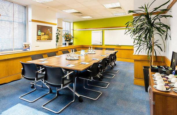 Victoria Street SW1 office space – Meeting/Boardroom.
