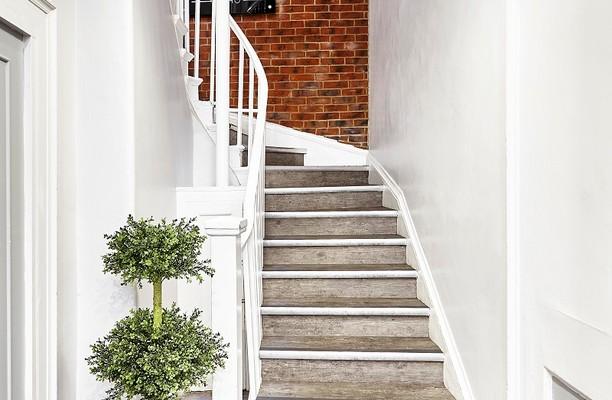 Lower John Street W1 office space – Hallway