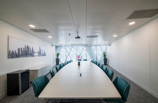 St Mary Axe EC1 office space – Meeting/Boardroom.
