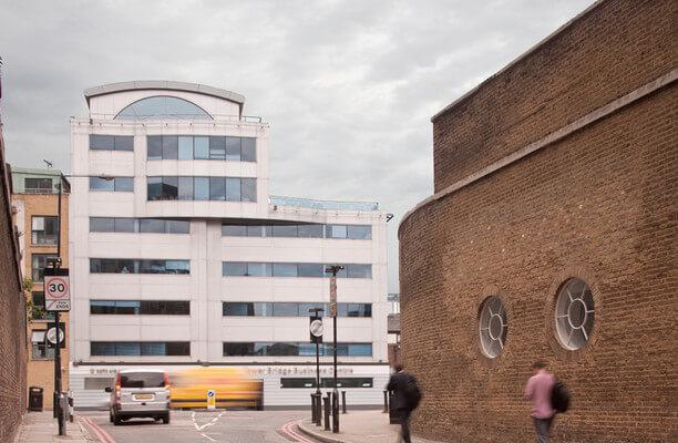 East Smithfield E1, EC3 office space – Building External