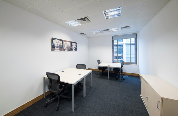 Cannon Street EC4 office space – Private Office (different sizes available).