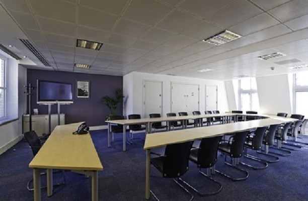 Storeys Gate SW1 office space – Meeting/Boardroom.