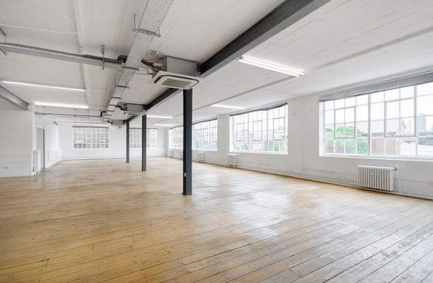 Pine Street N4 office space
