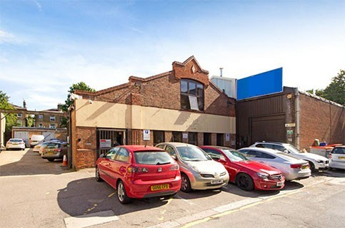 Arcadia Avenue N3 office space – Building External