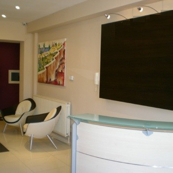 Burroughs Gardens NW2, NW4 office space – Reception