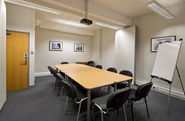 Wharfdale Road WC1 office space – Meeting/Boardroom.