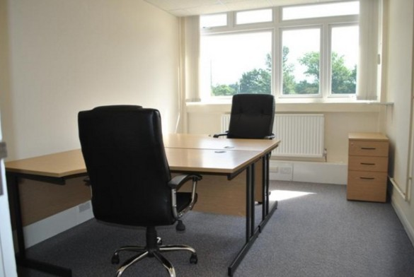 Stirling Way WD6 office space – Private Office (different sizes available).