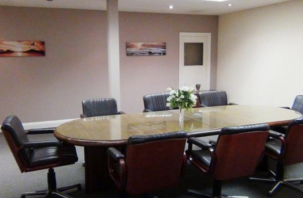 North Circular Road NW2, NW4 office space – Meeting/Boardroom.