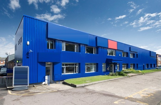 Cray Avenue BR5 office space – Building External