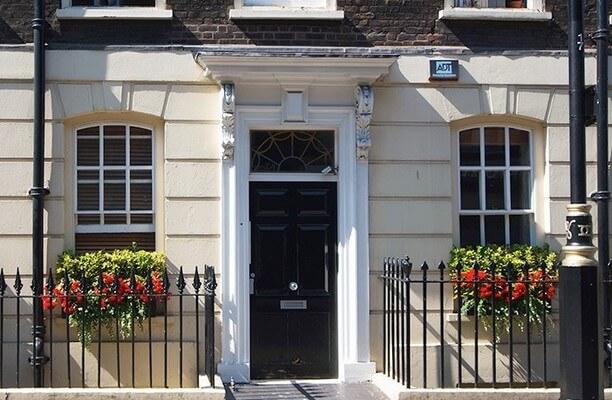 Broadwick Street W1 office space – Building External