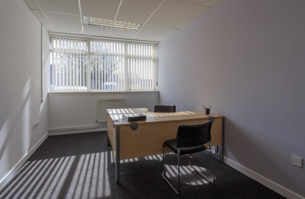 Inchinnan Road ML4 office space – Private Office (different sizes available).
