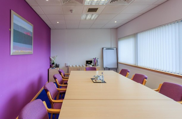 Queensferry Road KY11, KY12 office space – Meeting/Boardroom.