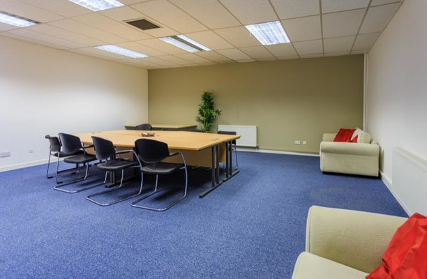 Queen Elizabeth Avenue office space – Meeting/Boardroom.