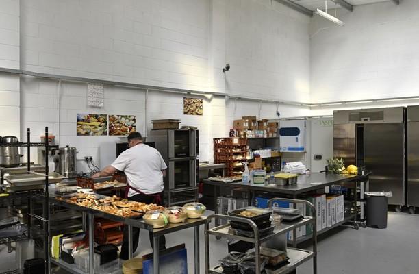 Deeside Industrial Estate CH5 office space – Kitchen