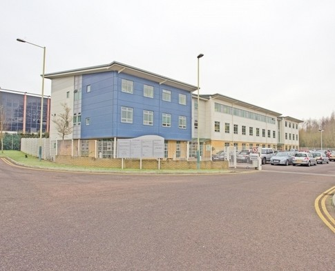 Rivermead Drive SN1 office space – Building External