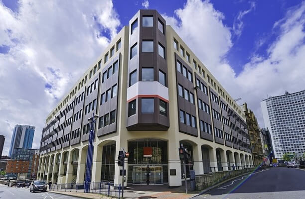 Victoria Square B1 office space – Building External