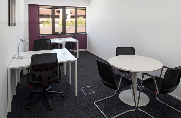 Kingsmead Business Park HP10, HP15 office space – Shared Office