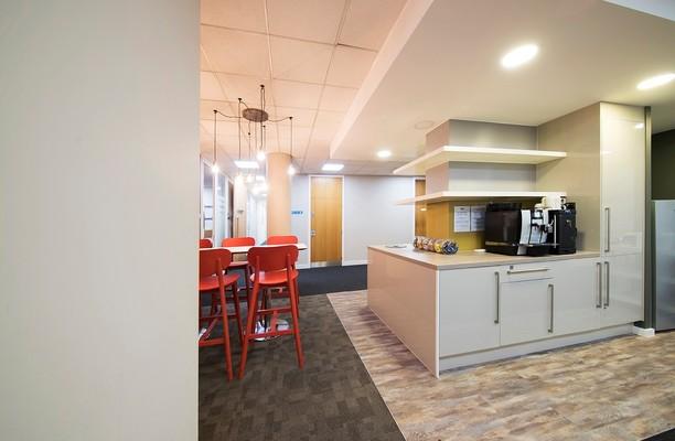 Titan Court AL10 office space – Kitchen