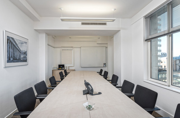 Exchange Flags L2 office space – Meeting/Boardroom.