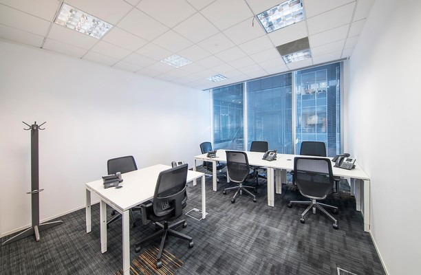 Bath Road SL1 office space – Private Office (different sizes available).