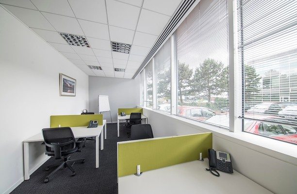Bath Road SL1 office space – Shared Office