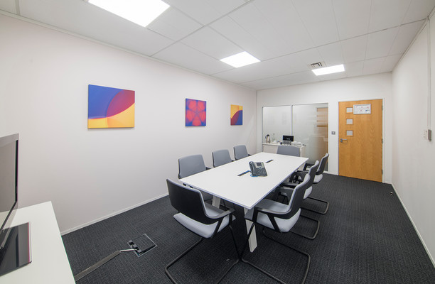 Victoria Square AL1 office space – Meeting/Boardroom.